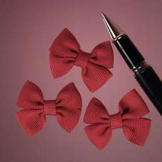 Red Grosgrain Double Bows: click to enlarge